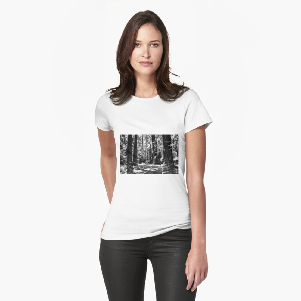 Avenue of the Giants - monochrome Fitted T-Shirt