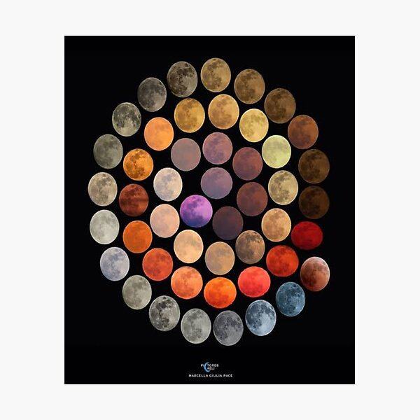 Real colors of the moon Photographic Print