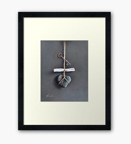 Trompe Lóeil - Intimate note Framed Print