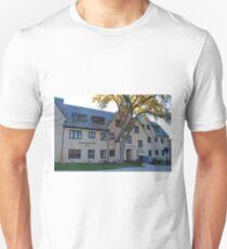 University of Toledo- MacKinnon Hall, Jessup Scott Honors College T-Shirt