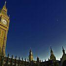 London in Love  by David  Perea