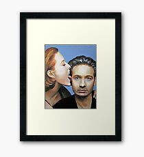 David Duchovny Gillian Anderson X Files Lick Pic Painting Framed Print