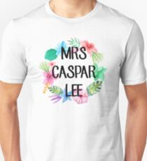 Mrs Caspar Lee – Floral, YouTube Unisex T-Shirt