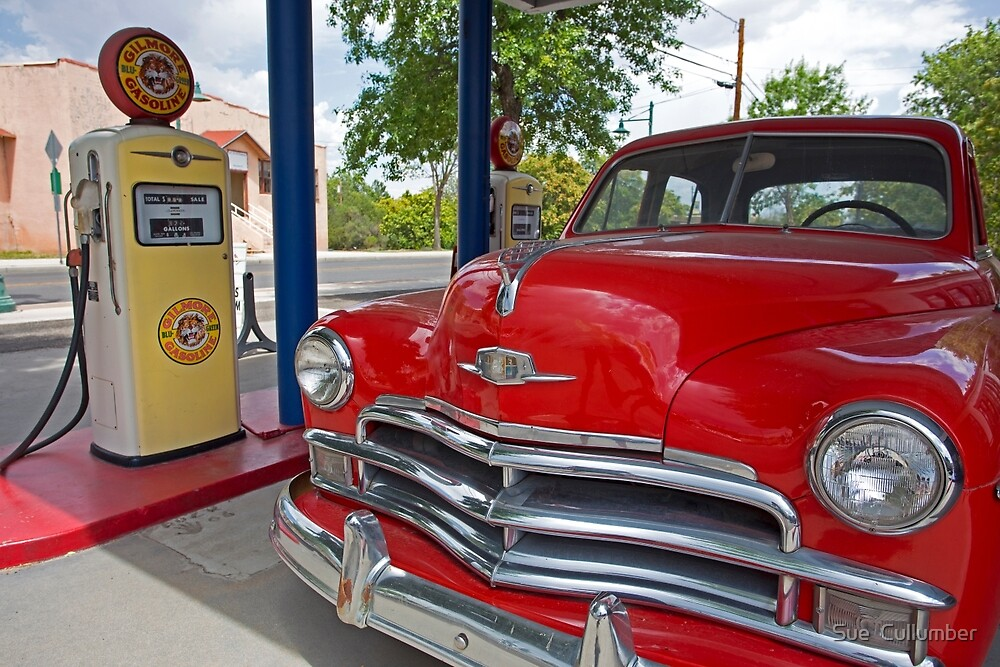 Retro Stop by Sue  Cullumber