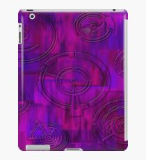 Purple and Rounds iPad Case/Skin