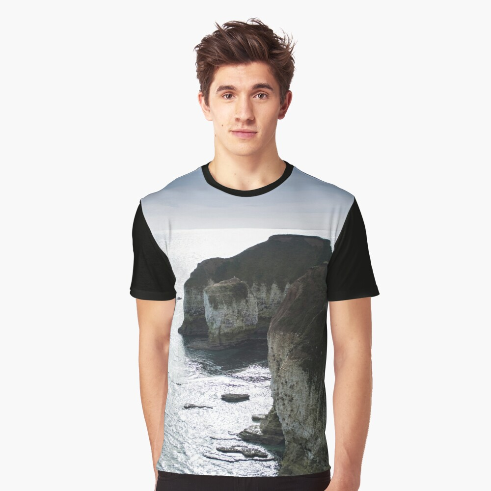 Chalk Cliffs Graphic T-Shirt