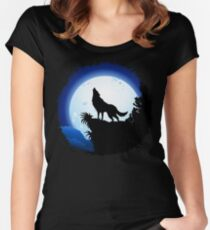 Wolf Howling at Blue Moon Women's Fitted Scoop T-Shirt
