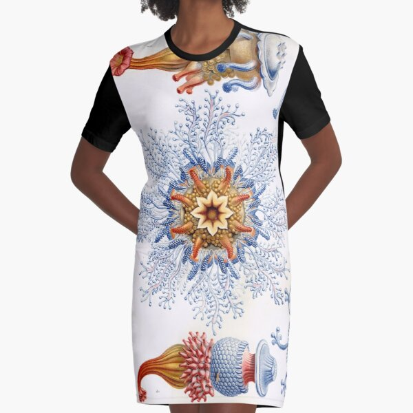 Haeckel Siphonophorae. Siphonophorae is an order of Hydrozoans, a class of marine organisms belonging to the phylum Cnidaria Graphic T-Shirt Dress