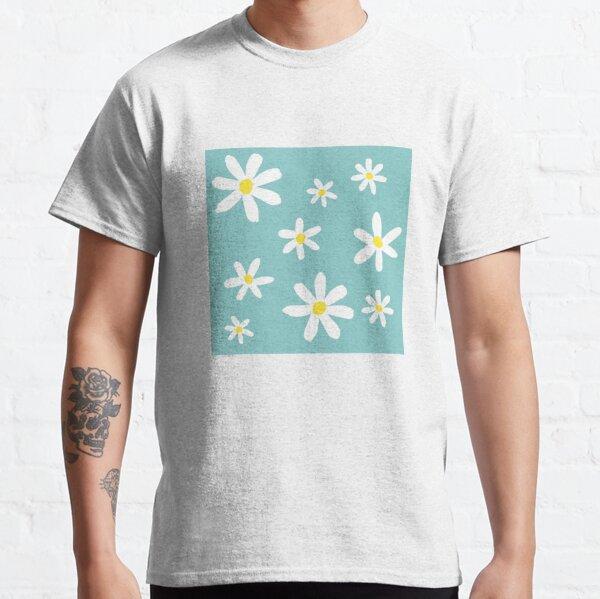 Daisy flowers Classic T-Shirt