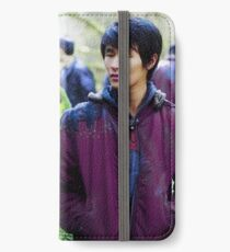the 100 | Jasper and Monty 1 iPhone Wallet/Case/Skin