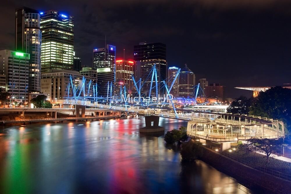 Kurilpa Bridge at Night by MichaelJP