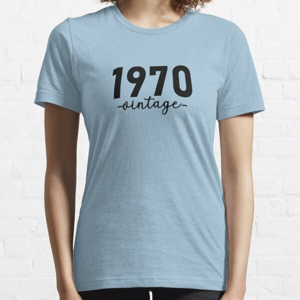 Chemise vintage 1970, 1970 Vintage, 1970 Vintage Hoodie, 1970 Vintage Masks, 1970 Vintage Fitted Masks T-shirt essentiel