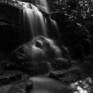 Long Exposure of Uloola Falls by EzekielR