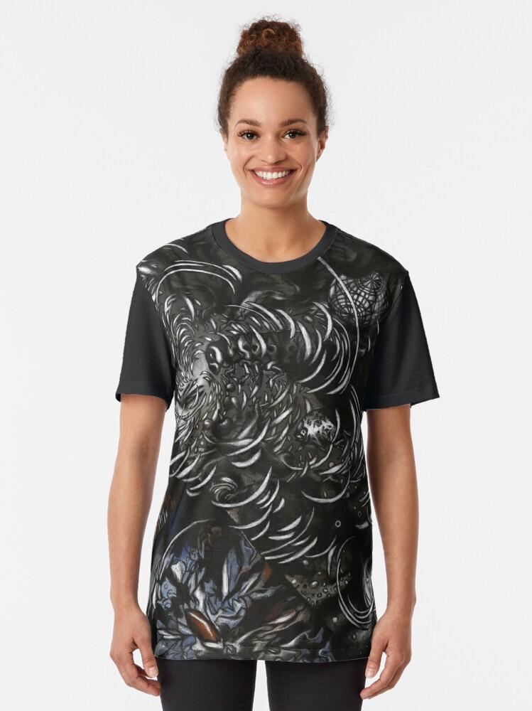 Alternate view of Etsija Graphic T-Shirt