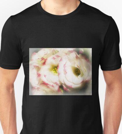 Lisianthus (Prairie Rose) - Always lovely T-Shirt