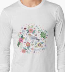 Beautiful bird in flowers Long Sleeve T-Shirt
