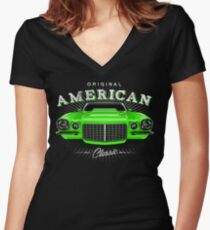 CLASSIC CHEVROLET CAMARO MUSCLE CAR | GREEN Women's Fitted V-Neck T-Shirt