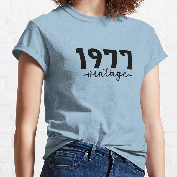 Chemise Vintage 1977, 1970 Vintage, 1977 Vintage Hoodie, 1977 Vintage Masks, 1977 Vintage Fitted Masks T-shirt classique