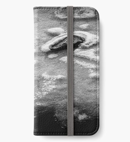 Surrounded - Black Edition - flipped horizontal (iPhone wallet) iPhone Wallet