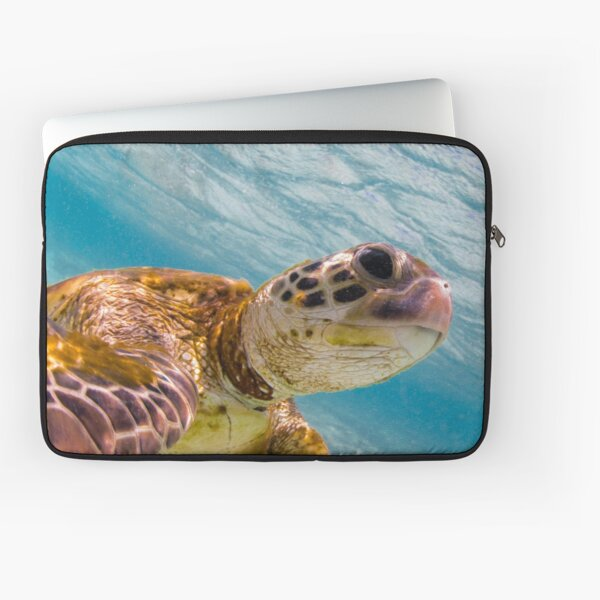 Turtle selfie - print Laptop Sleeve