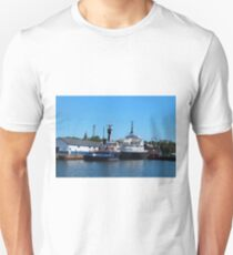 Yank Canuck Unisex T-Shirt