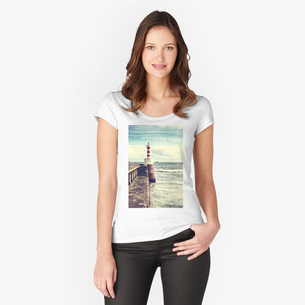 Amble Pier Lighthouse Fitted Scoop T-Shirt