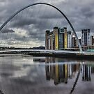 Gateshead Millennium Bridge by Trevor Kersley