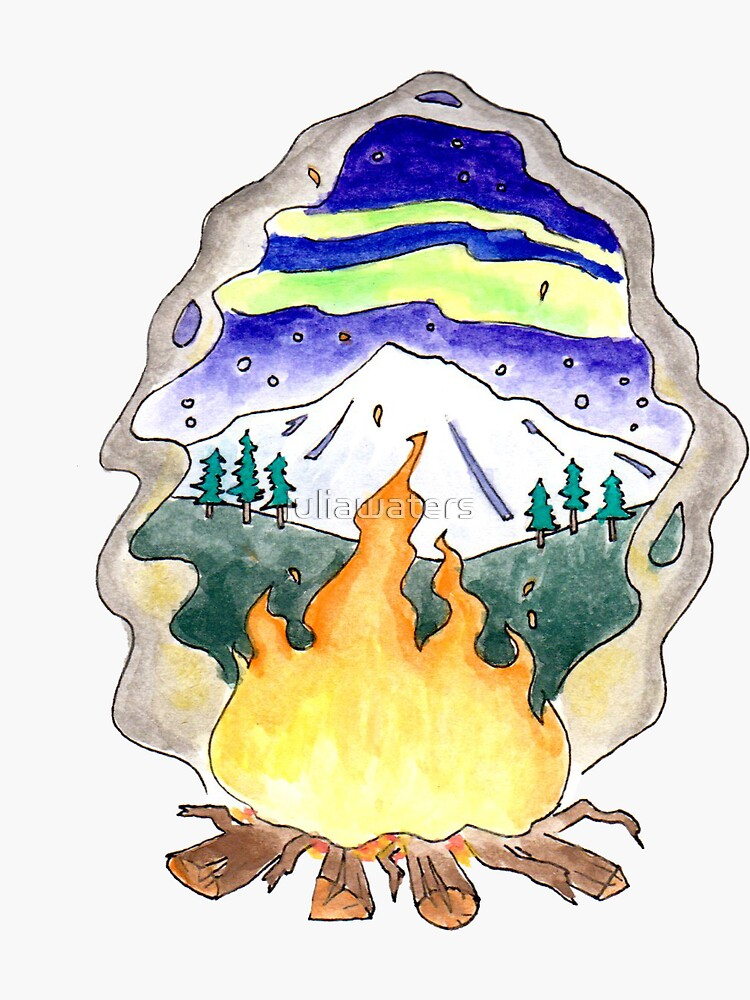Lagerfeuer unter einem Berg und Nordlichtern von juliawaters