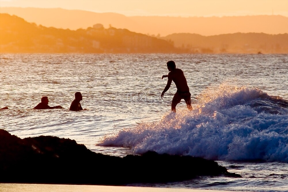 Sundown Surfing by flexigav