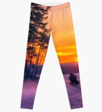 The snow mobile race toward the Sun pillar Leggings