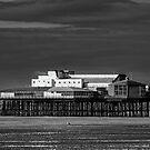 Blackpool pier(B&W) by jasminewang