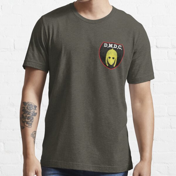 DMDC Detectorists Badge - Distressed Essential T-Shirt