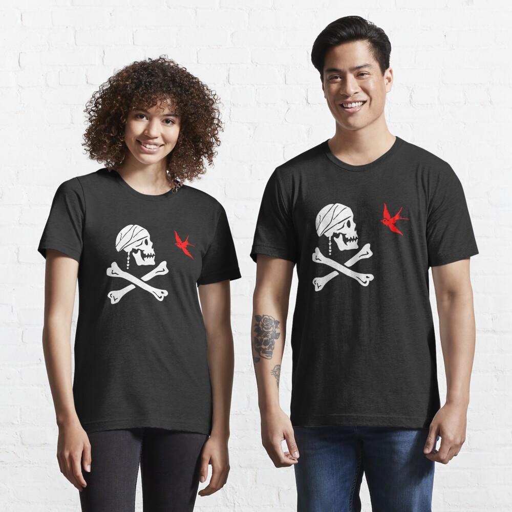 The Flag of Captain Jack Sparrow Essential T-Shirt