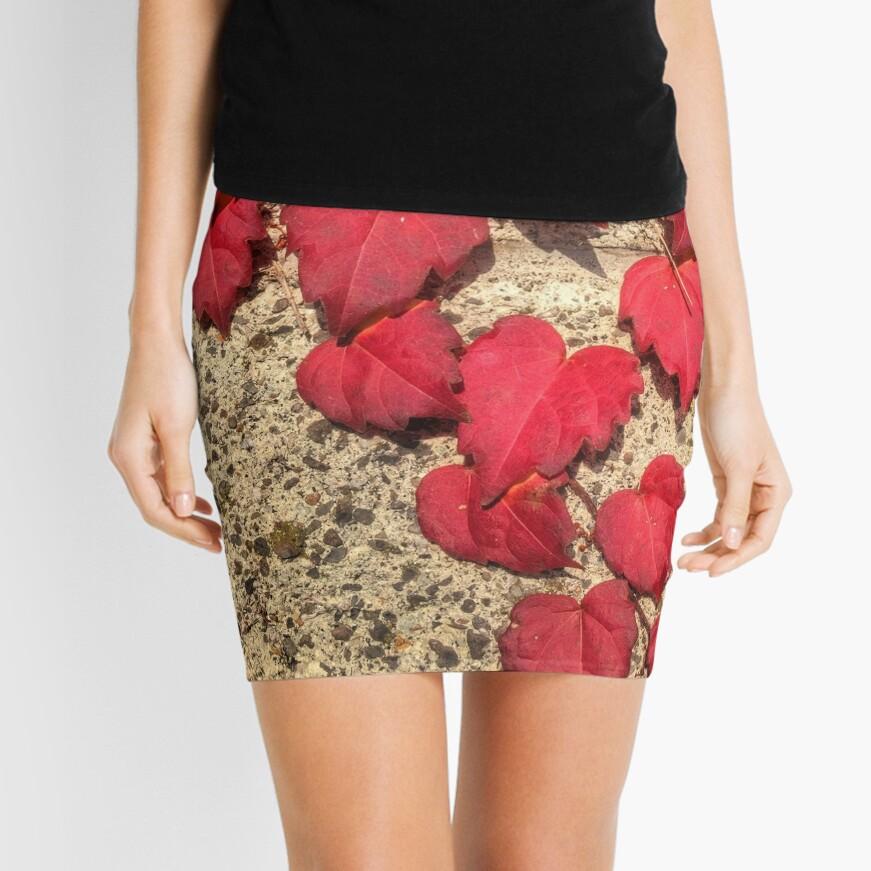 Cute Heart-Shaped Red Fall Vine Leaves Mini Skirt Front