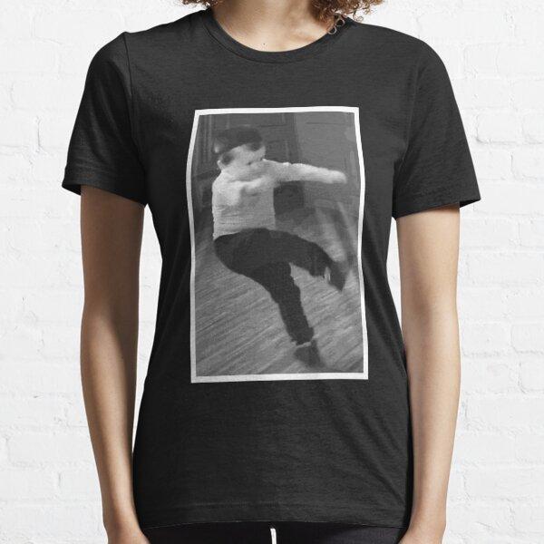 love it we love hasbulla we love it Essential T-Shirt