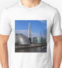 More London, City Hall & The Shard Unisex T-Shirt