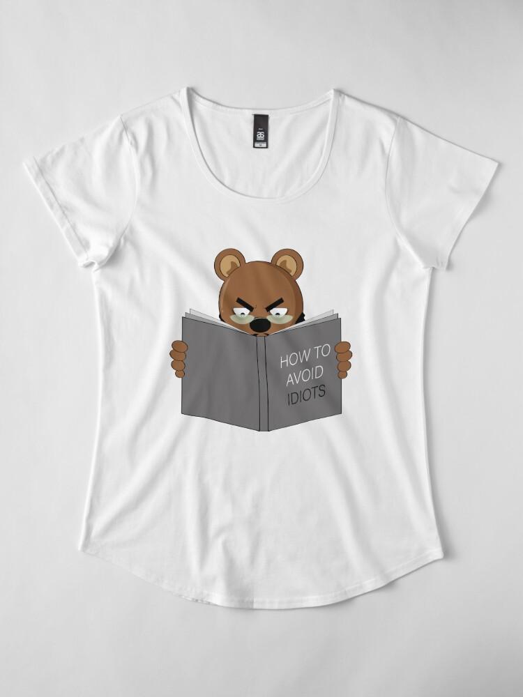 Alternate view of READING BEAR Premium Scoop T-Shirt