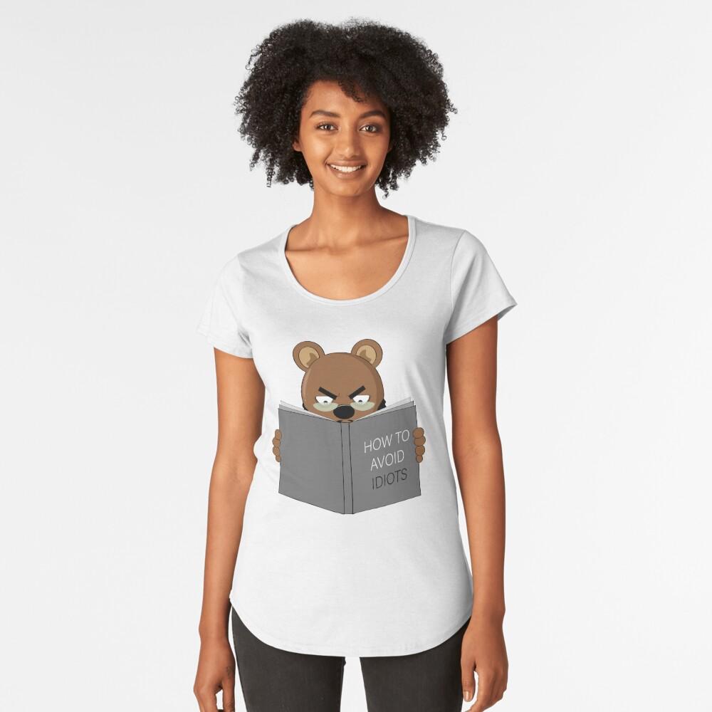 READING BEAR Premium Scoop T-Shirt