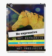 UNI-4 iPad Case/Skin
