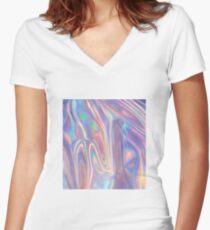 Holographische Wellen in Lila Tailliertes T-Shirt mit V-Ausschnitt