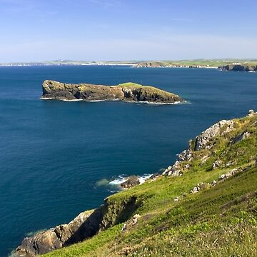 The Cornish coastline by pluffy