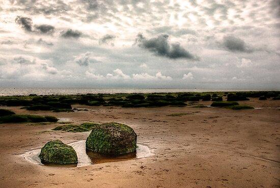 Carstone rocks by John Edwards