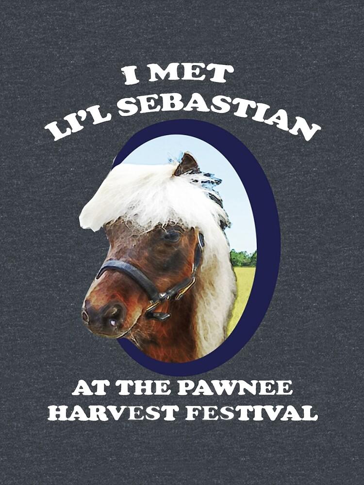 Li'l Sebastian T-Shirt von jessguida