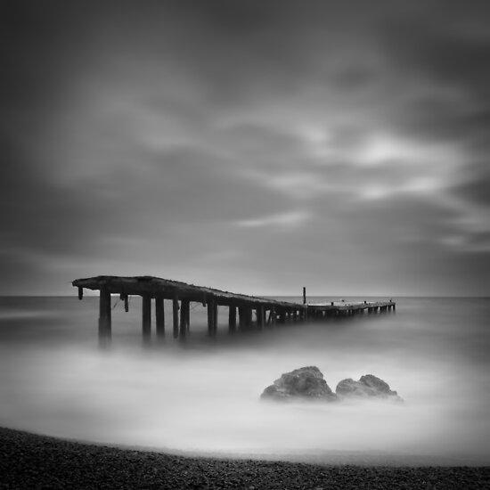 Destroyed pier by yurybird