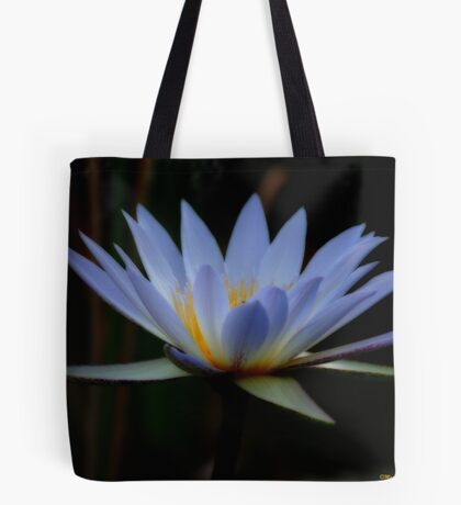 IN BLUE - THE WATERLILY - – Nymphaea nouchall Tote Bag