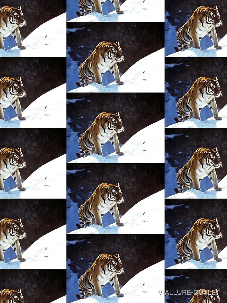 Travelling Tiger by V-ALLURE-OUTLET