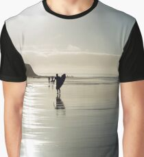 surfer and people silhouette out on the beach Graphic T-Shirt