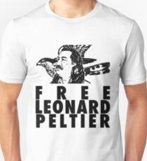 Kostenlos Leonard Peltier Unisex T-Shirt