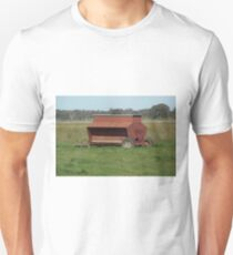 Sheep pellet feeder T-Shirt