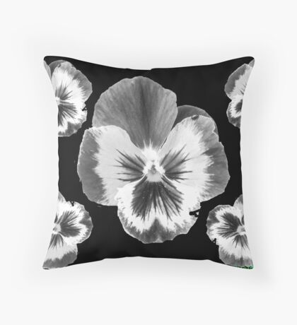 cinq fleur Throw Pillow